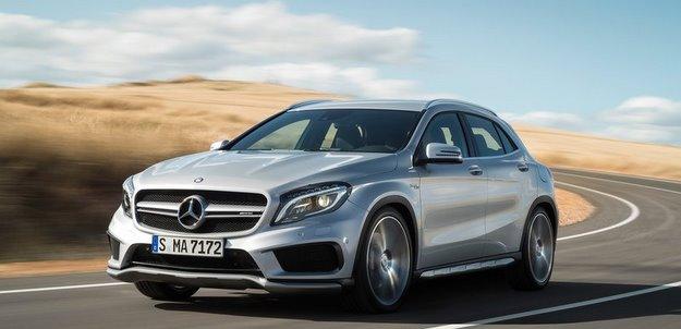 Equipado com motor 2.0 turbo, ve�culo gera 360 cv de pot�ncia e torque de 45,9 kgfm - Mercedes-Benz/divulga��o