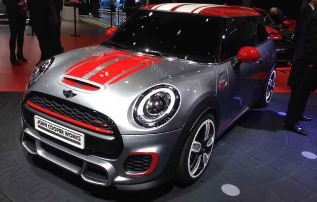 Mini John Cooper Works Concept ganhou visual mais esportivo (Jorge Moraes/DP/DA PRESS)