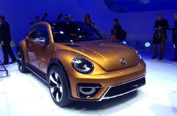 VW BEETLE DUNE OVWBeetle Dune � um fusquinha para encarar as dunas. Equipado com motor do RLine de 210 cv e transmiss�o de dupla embreagem e seis velocidades, o fusca %u201C� uma brasa%u201D! - Marcus Celestino/EM/D.A. Press