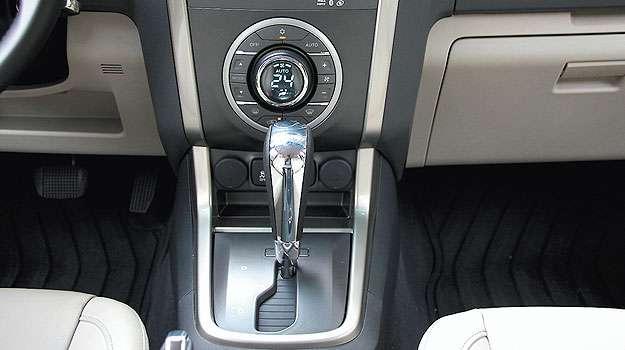 O c�mbio autom�tico convencional tem conversor de torque em vez de embreagem... - Marlos Ney Vidal/EM/D.A Press - 24/10/13