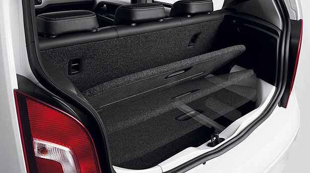 Sistema de Ajuste Vari�vel de Espa�o � uma boa sacada e divide o porta-malas em dois -  Ricardo Hirae/Volkswagen
