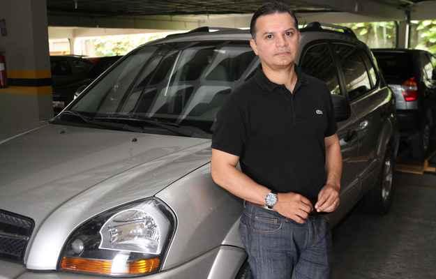 Samir Ferreira priorizou economizar em 2010, quando comprou sua Hyundai Tucson   - J�lio Jacobina/DP/DA PRESS