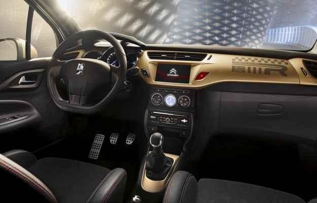 O visual � puro glamour, j� que o dourado predomina entre os detalhes externos e internos - Citro�n/divulga��o