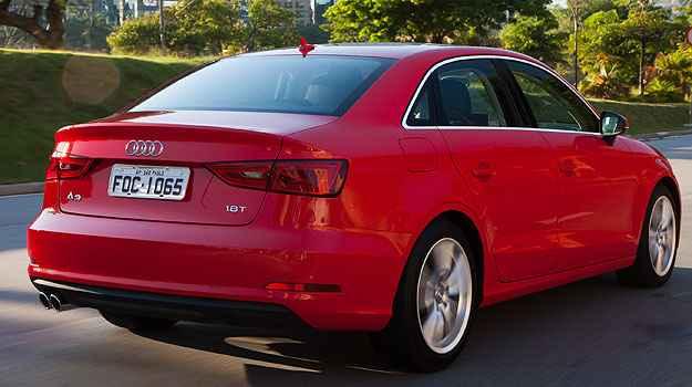 Porta-malas do A3 sedan tem 45 litros menos de capacidade que seu concorrente (Audi/Divulga��o)