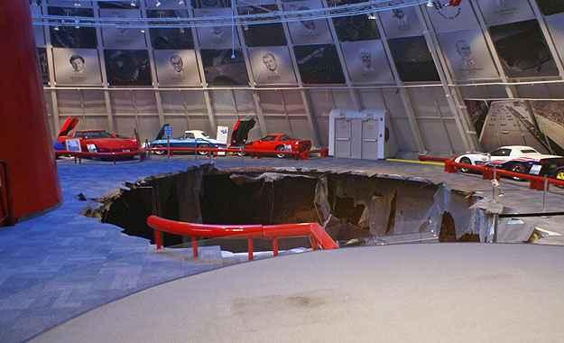 Causas do acidente ainda não foram identificadas - National Corvette Museum/Divulgação