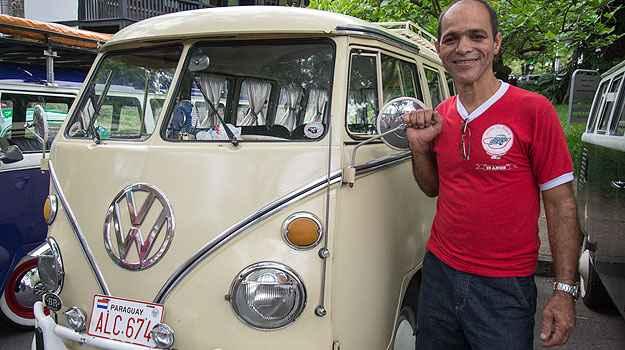 Amauri fundou o clube do Fusca em 2003 e o da Kombi no ano passado  (Thiago Ventura/EM/D.A Press)