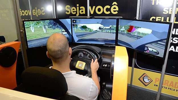 C�mara quer dispensar autoescolas de adotar simuladores de dire��o - Thiago Ventura/EM/D.A Press