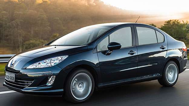 Convocados consumidores que possuam Peugeot 408 Allure produzidos entre abril e agosto de 2013  (Peugeot/Divulga��o)