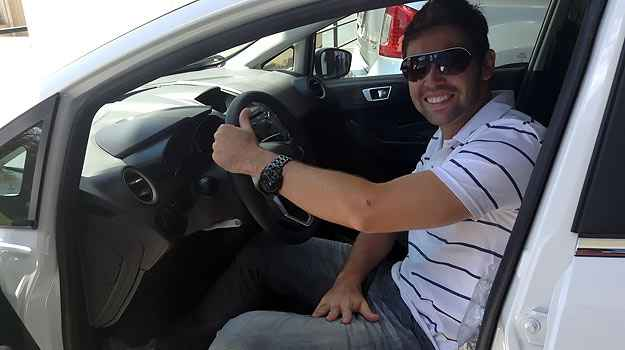 Alexandre Augusto compra New Fiesta 1.6, seu primeiro carro zero, na Pisa Ford ( Marcus Celestino/EM/D.A. Press )