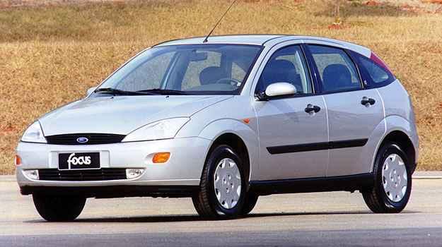 Primeira gera��o do Focus chegou no Brasil em 2000 (Ford/Divulga��o)
