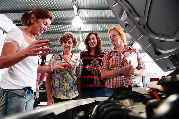 Curso vai ensinar sobre os componentes e funcionamento dos carros  (Volkswagen/Divulga��o)