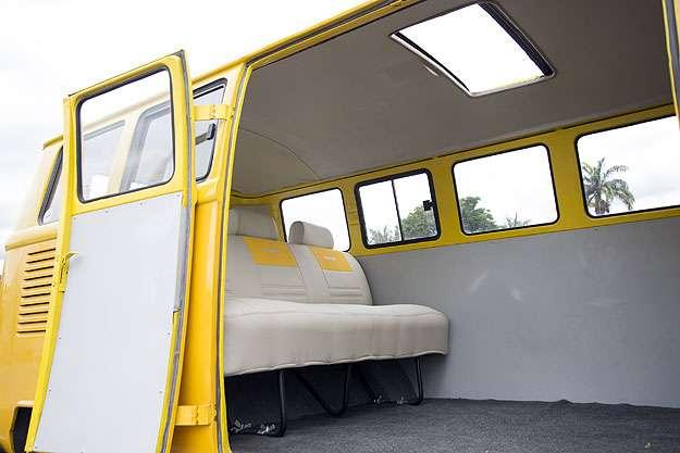 Teto solar para refrescar os passageiros  (Thiago Ventura/EM/D.A Press)