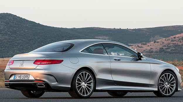 Uma das qualidades que impressionam no novo Classe S de duas portas � o equil�brio de suas linhas - Mercedes-Benz/Divulga��o