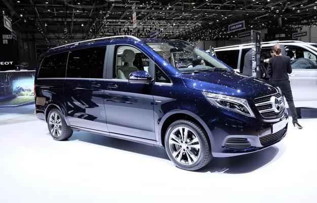 Com um design in�dito, van possui amplo espa�o interno para at� oito ocupantes e � recheada de equipamentos  (Newspress/divulga��o)
