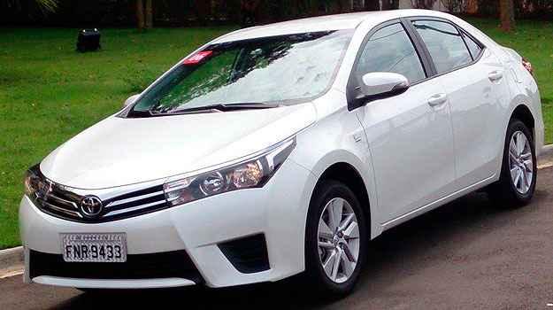 Assim como o XEi, o GLi possui cinco airbags e freios a disco nas quatro rodas com ABS  - Marcello Oliveira/EM/D.A Press
