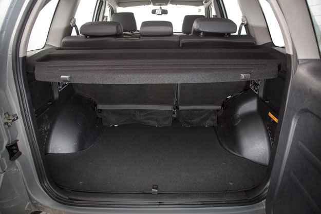 Porta-malas leva 435 litros e chega aos 818 com bancos rebatidos (Chery Divulga��o)