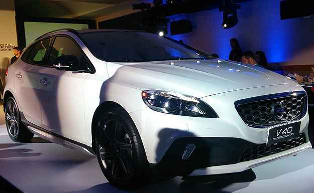 Volvo lan�a V40 Cross Country no Brasil por R$ 141,5 mil