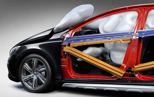 V40 oferece até airbag para pedestres - Volvo/Divulgação