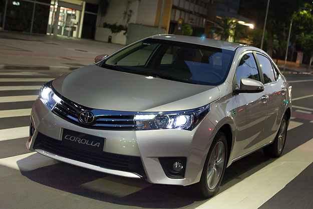 Um dos destaques do novo Corolla est� na ousadia do estilo, fugindo do cansativo padr�o cl�ssico - Toyota/Corolla
