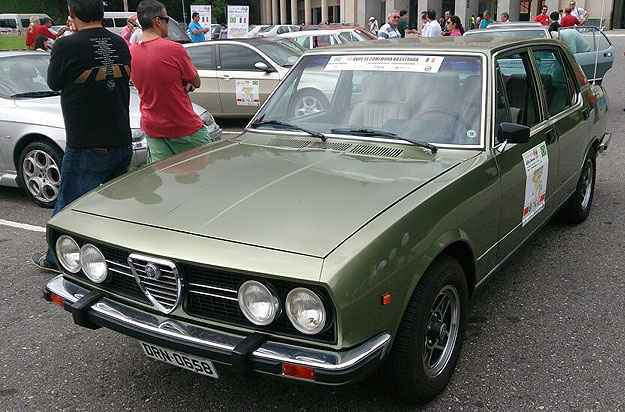 Lan�ado em 74, sed� oferecia itens raros no mercado nacional da �poca - T�lio Silva/Alfa Romeo Clube MG/Divulga��o