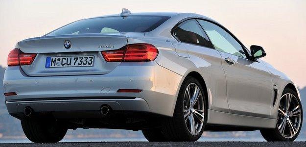 O ve�culo possui c�mbio autom�tico de oito velocidades  (BMW/divulga��o )