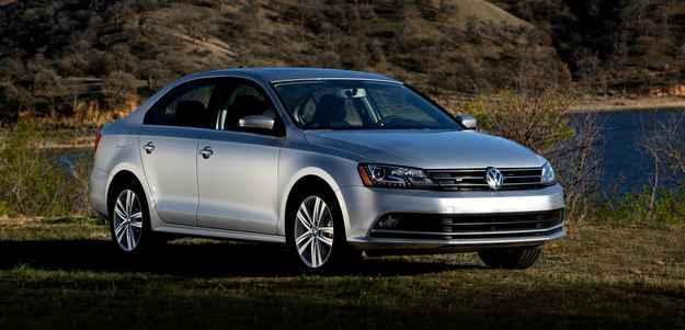 Dianteira ficou mais sofisticada com novos far�is e LED para ilumina��o diurna - Volkswagen/Divulgacao