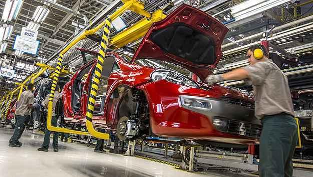 Volkswagen e Fiat dispensam 2,2 mil trabalhadores