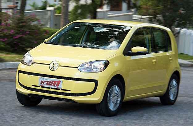 Economia e seguran�a s�o pontos fortes no Volkswagen up! e n�s testamos tudo na pr�tica