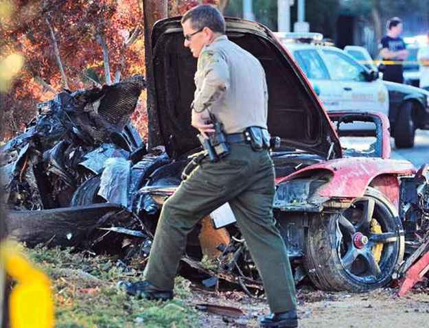 Investiga��es da pol�cia culparam a alta velocidade pelo acidente (REUTERS/Dan Watson/The Santa Clarita Valley Signal/Handout )