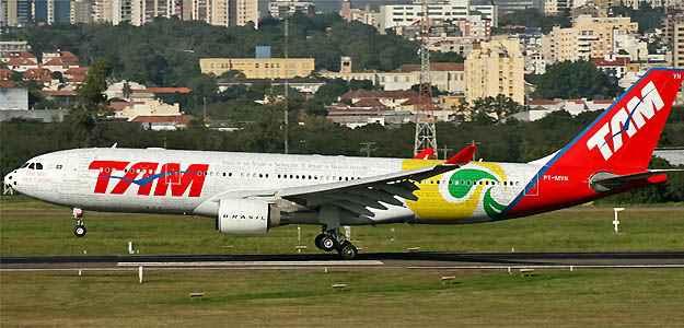 Airbus A330 da Sele��o usado na Copa do Mundo da �frica do Sul  - (Marcos Oliveira/Airliners.net/Reprodu��o)