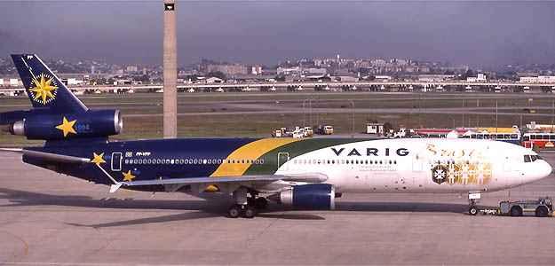 MD11 da Varig que transportou a Sele��o em 1998 para a Fran�a  ((Remi Dallot/Airliners.net/Reprodu��o))