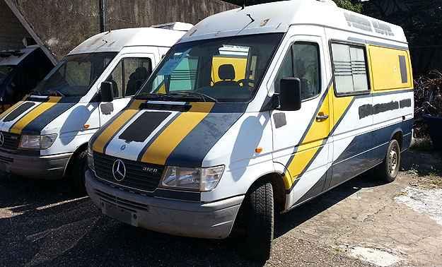Mercedes-Benz Sprinter tem lance m�nimo de R$ 3.500 (Thiago Ventura/EM/D.A Press)