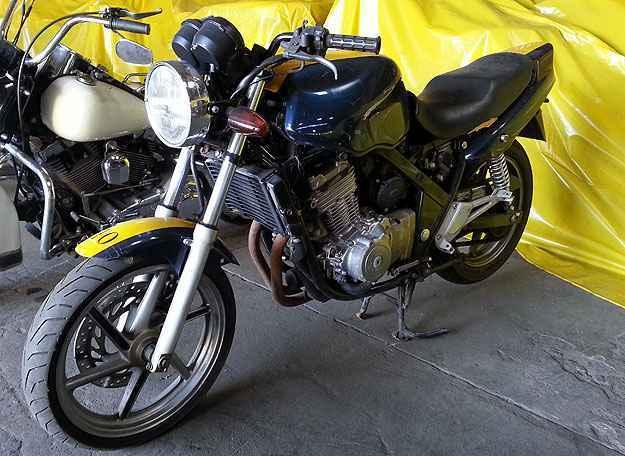 Honda CB 500 tem lance m�nimo de R$1.400 (Thiago Ventura/EM/D.A Press)