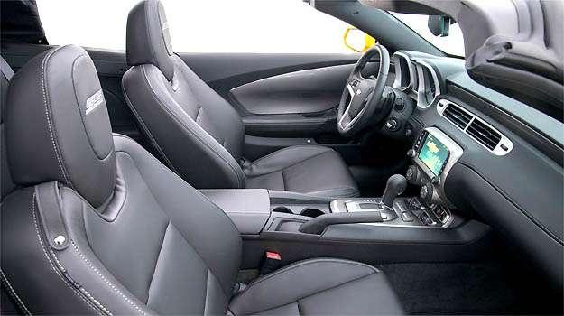 Interior nada muda em rela��o � vers�o cup� (Chevrolet/Divulga��o)