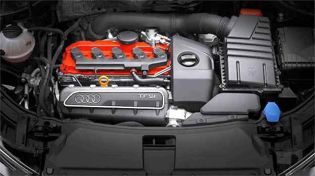 Motor 2.5 litros de 310 cv faz o RS Q3 ir de 0 a 100 km/h em 5,5 segundos