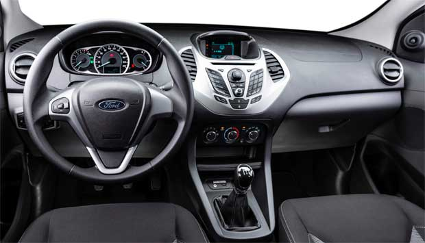 Modelo tem interior moderno bem acabado e instrumentos de f�cil intera��o - Ford/Divulga��o