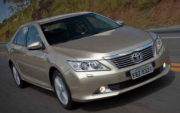 Toyota convoca recall do Camry por problema na suspens�o dianteira