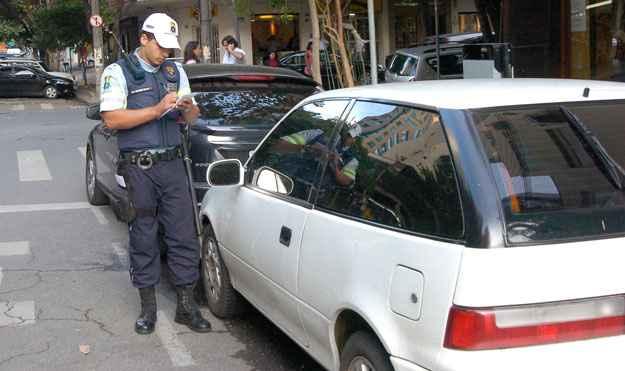 Voc� e a Lei: se transferi os pontos, a multa vai para o infrator?