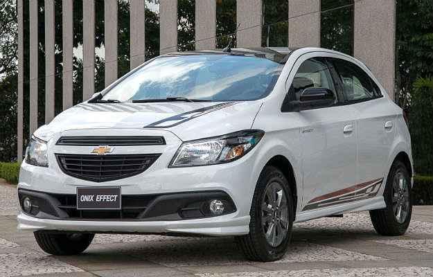 Chevrolet Onix ganha vers�o esportiva Effect por R$ 50,1 mil