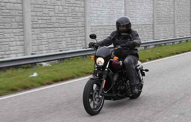 Harley-Davidson XG 750 Street diversifica gama de modelos da marca