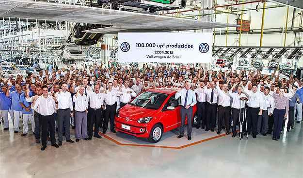 Volkswagen up! completa 100 mil unidades produzidas no Brasil