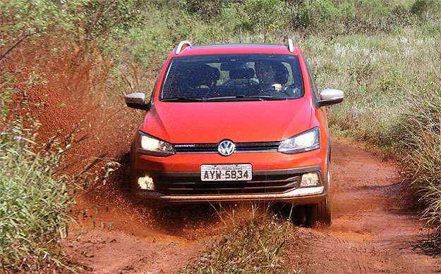 Volkswagen Crossfox 1.6 16V � vers�til, mas tem pre�o salgado