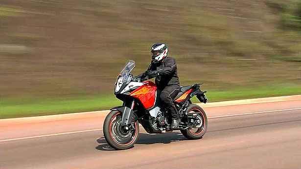 KTM 1190 Adventure: boa para rodovias, longas dist�ncias e para o tr�nsito das cidades
