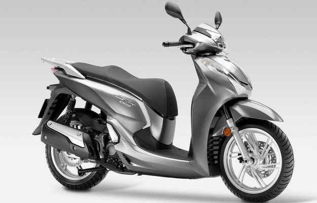 Honda estuda trazer a scooter SH 300i para o Brasil