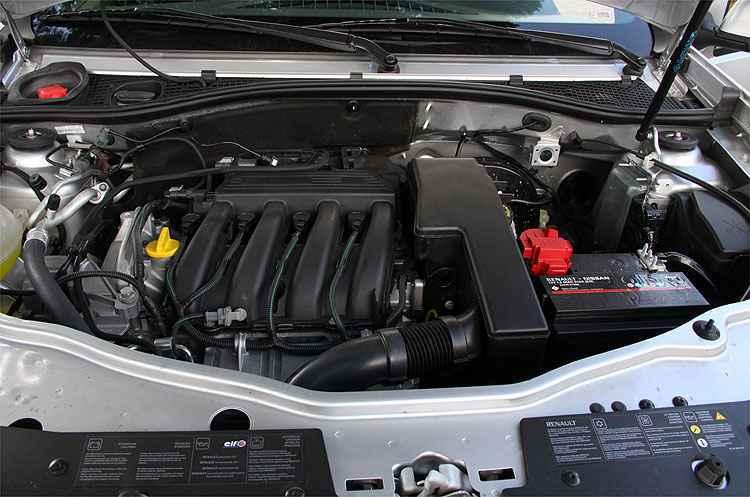 Motor 1.6 não decepciona, mas ultrapassagens exigem mais tempo - Marlos Ney Vidal/EM/D.A Press