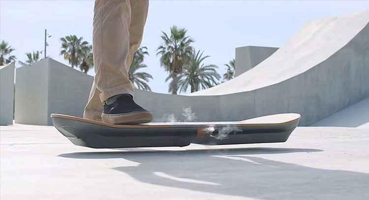 Lexus cria skate magn�tico capaz de levitar