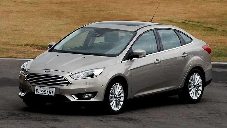 Ford lan�a vers�o sed� reestilizada Focus Fastback por R$ 77.900