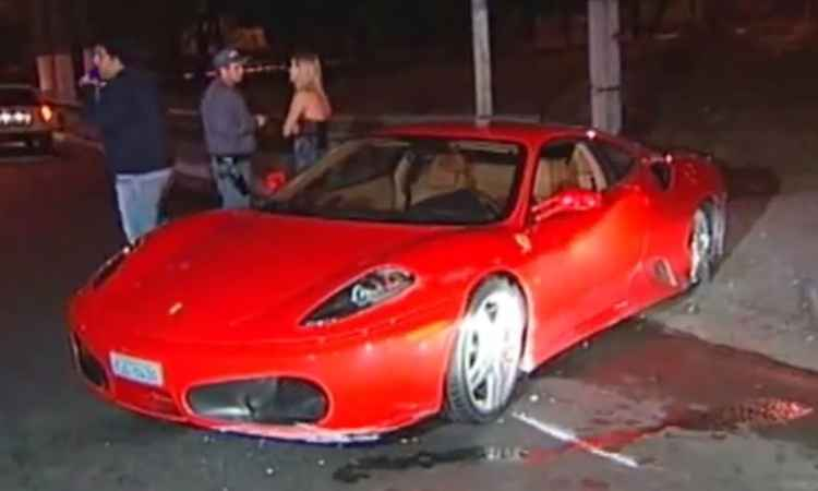Empres�rio que comprou Ferrari batida poder� ser indenizado em R$ 2 mi