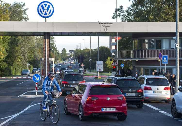 Volkswagen admite que 6,5 bi de euros ser�o insuficientes para enfrentar esc�ndalo