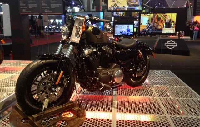 Sal�o Duas Rodas apresenta novidades no mercado de motos no Brasil